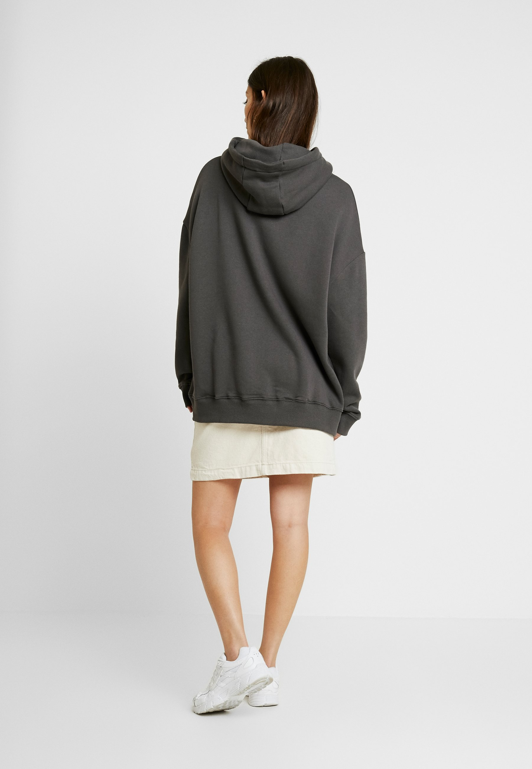 Cappuccio Oversized By Nly Nelly Black Con Off HoodieFelpa N8nZOkX0wP