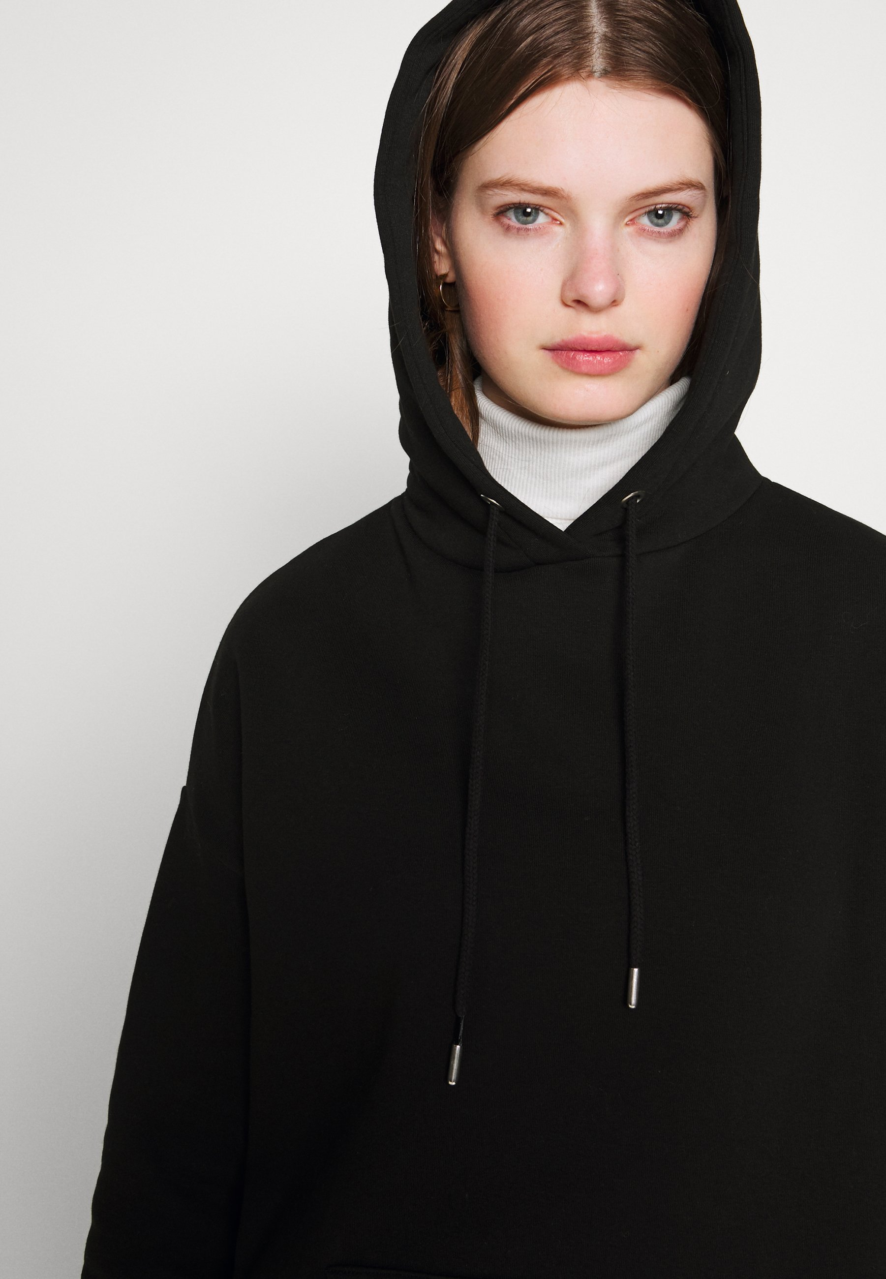 Nly by Nelly OVERSIZED HOODIE - Bluza z kapturem - black