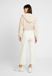 Nly by Nelly - CROPPED ZIP HOODIE - Mikina na zip - beige - 2