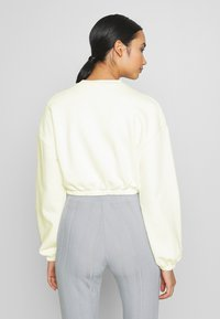 Nly by Nelly - PUFF CROP - Felpa - white - 2