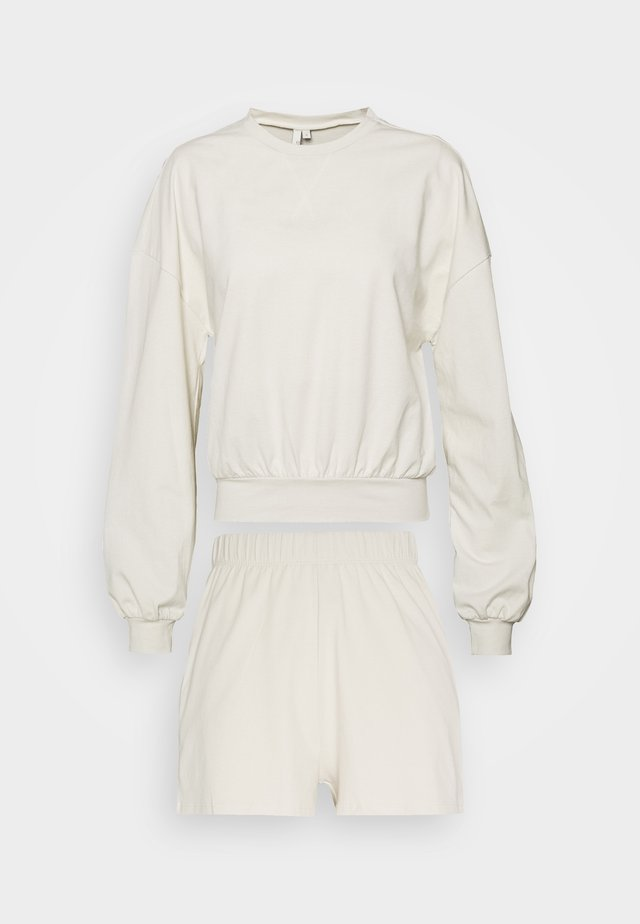 SUMMER FEEL SET - Shorts - offwhite