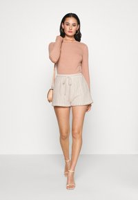 Nly by Nelly - CUTE CROCHET SHORTS - Shorts - beige - 1
