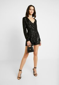 Nly by Nelly - SEQUIN PLAYSUIT - Kombinezon - black - 1