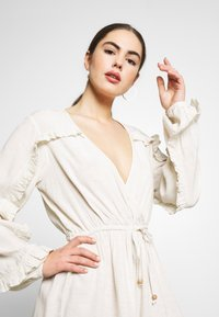 Nly by Nelly - BOHO FRILL PLAYSUIT - Jumpsuit - beige - 4