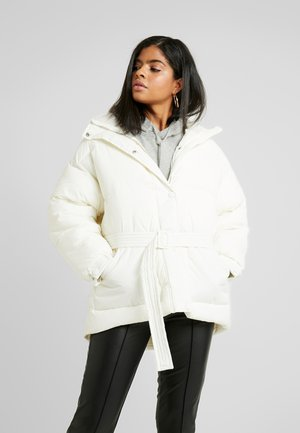 BELTED PUFFER JACKET - Winter jacket - white