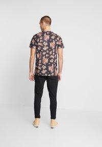 Nerve - NENILLER TEE - T-shirt print - black - 2