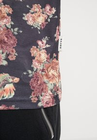 Nerve - NENILLER TEE - T-shirt print - black - 5