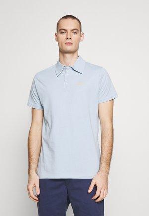 NEMILO TEE - Poloskjorter - light blue