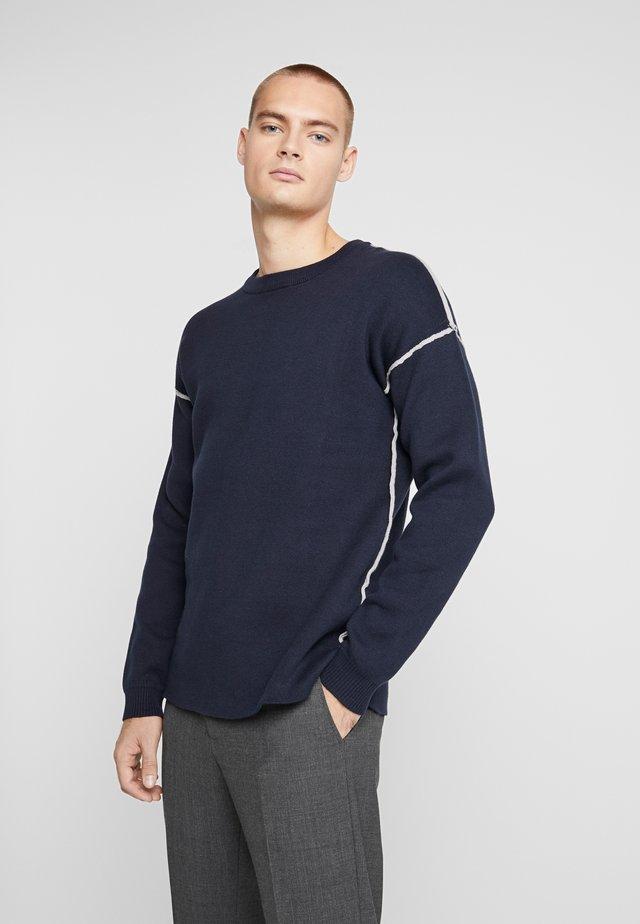NEHENRIK - Stickad tröja - navy