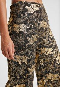 NEW girl ORDER - DRAGON WIDE LEG TROUSER - Pantalon classique - black - 5