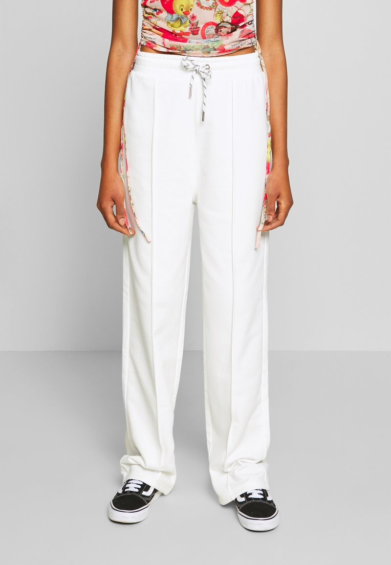 NEW girl ORDER - SEAM JOGGER - Teplákové kalhoty - cream