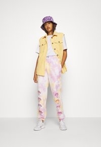 NEW girl ORDER - STRAWBERRY JOGGERS  - Tracksuit bottoms - multi - 1