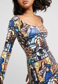 NEW girl ORDER - HOLY PRINT BODYCON DRESS - Robe fourreau - multi - 3