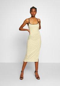 NEW girl ORDER - DITSY DRESS - Tubino - beige - 1