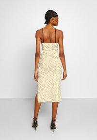 NEW girl ORDER - DITSY DRESS - Tubino - beige - 2