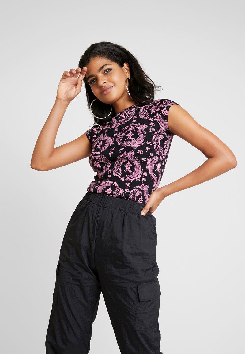 NEW girl ORDER - KANJU TEE - T-shirt imprimé - black