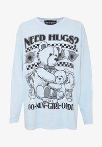NEW girl ORDER - NEED HUGS  LONG SLEEVE TEE - Maglietta a manica lunga - white - 4