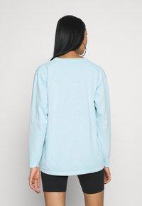 NEW girl ORDER - NEED HUGS  LONG SLEEVE TEE - Maglietta a manica lunga - white - 2