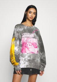 NEW girl ORDER - VIRTUE TIE DYE - Sweatshirt - grey - 0