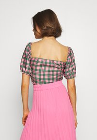 NEW girl ORDER - CHECK RUCHED FRONT PUFF SLEEVE  - Bluser - Pink/green - 2