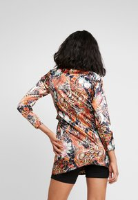 NEW girl ORDER - PHOENIX DRAGON PRINT WRAP - Manteau court - multi - 2