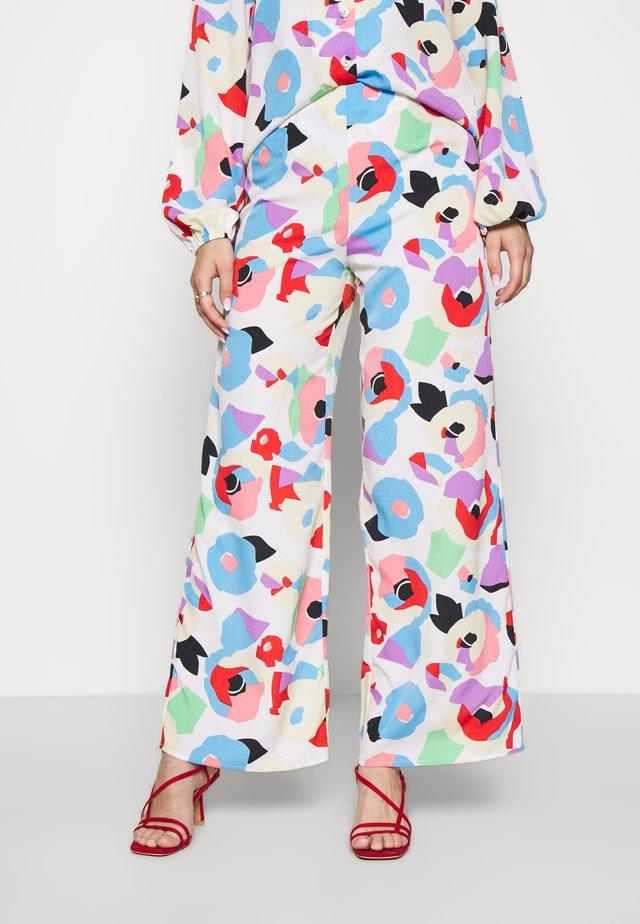 FREYA PRINT TROUSER - Pantalon classique - multi