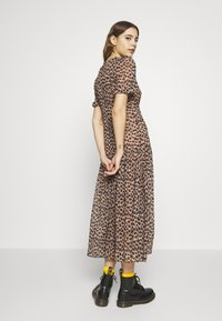 Never Fully Dressed - LEOPARD LUCIA SHEER DRESS - Kjole - brown - 2