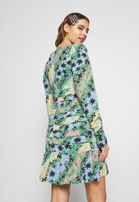 Never Fully Dressed - MONACO JOHANNA PRINT DRESS - Kjole - blue - 2