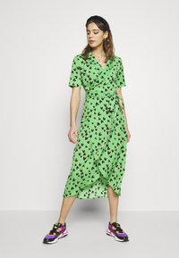 Never Fully Dressed - HEARTS BROOKLYN DRESS - Day dress - green - 1