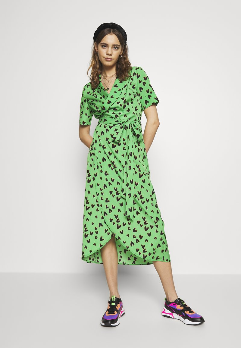 Never Fully Dressed - HEARTS BROOKLYN DRESS - Day dress - green