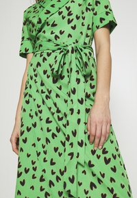 Never Fully Dressed - HEARTS BROOKLYN DRESS - Day dress - green - 6
