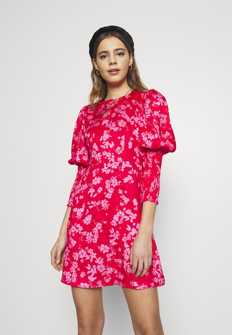 Never Fully Dressed - MINI DELORES DRESS - Korte jurk - pink