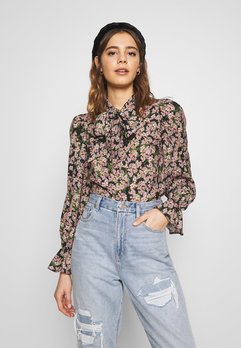 Never Fully Dressed - TIE NECK TOP - Blouse - green