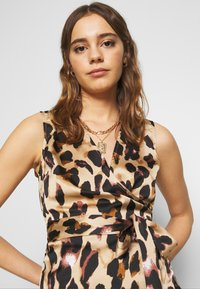 Never Fully Dressed - WRAP TOP - Bluser - leopard - 3