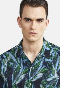 NEW IN TOWN - HAWAII - Shirt - night blue - 3
