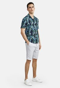NEW IN TOWN - HAWAII - Shirt - night blue - 1