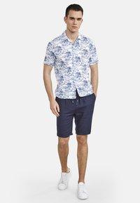 NEW IN TOWN - HAWAIIAN-STYLE - Shirt - blue ii - 1