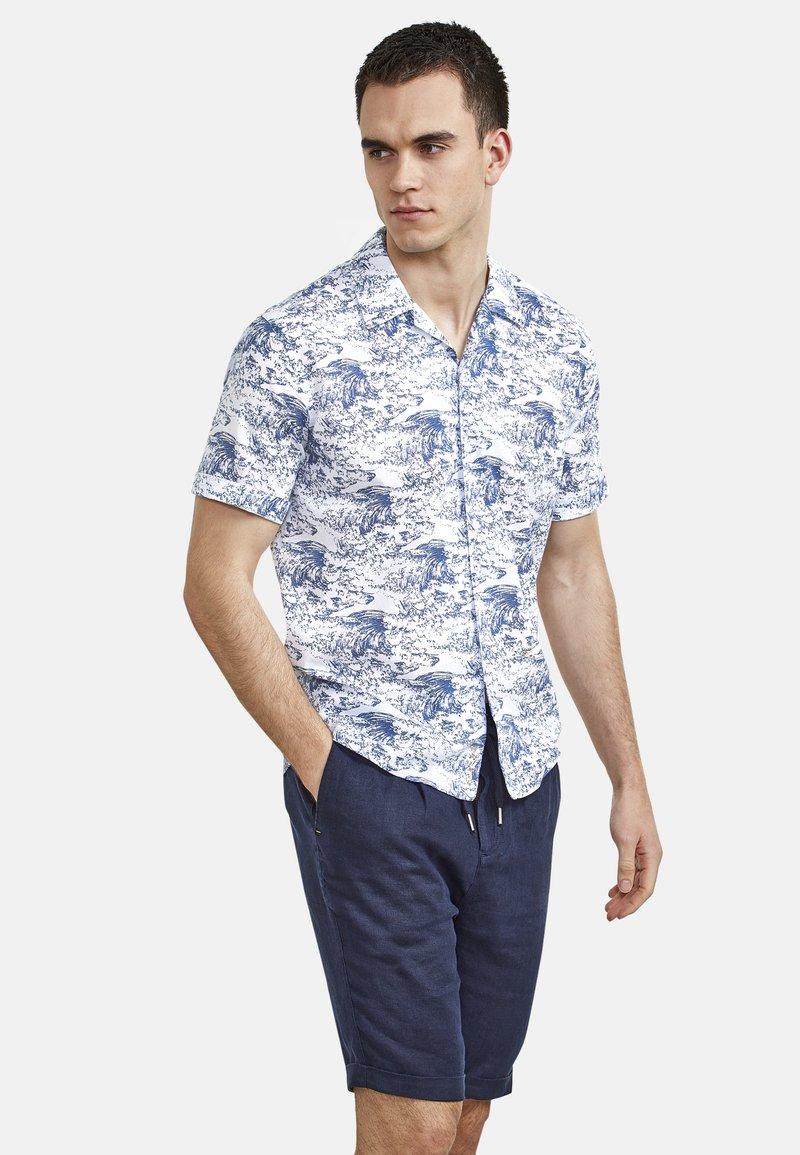 NEW IN TOWN - HAWAIIAN-STYLE - Shirt - blue ii