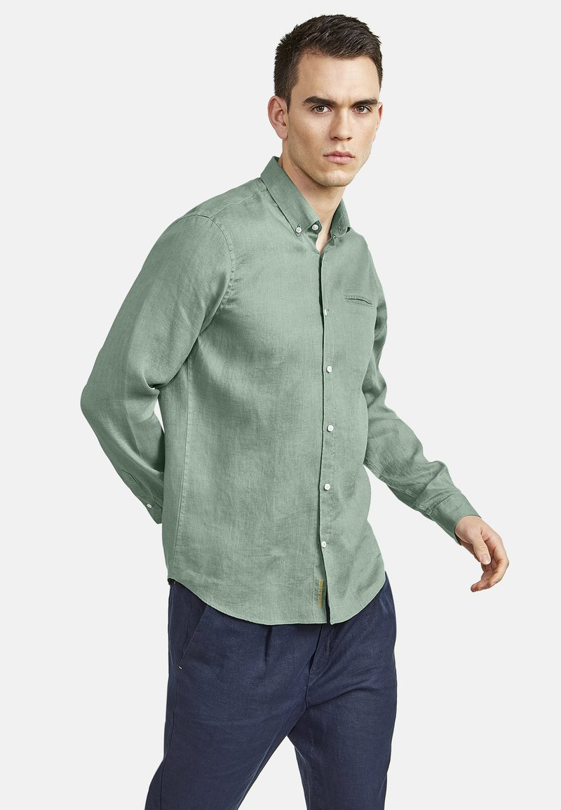 NEW IN TOWN - MIT BUTTON-DOWN-KRAGEN - Shirt - green