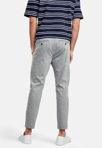 NEW IN TOWN - Trousers - grey - 2