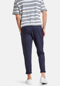 NEW IN TOWN - Trousers - navy - 2