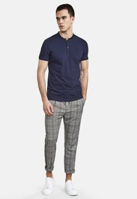 NEW IN TOWN - Chinos - blue - 1