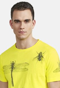 NEW IN TOWN - INSECTS - Print T-shirt - neon green - 3