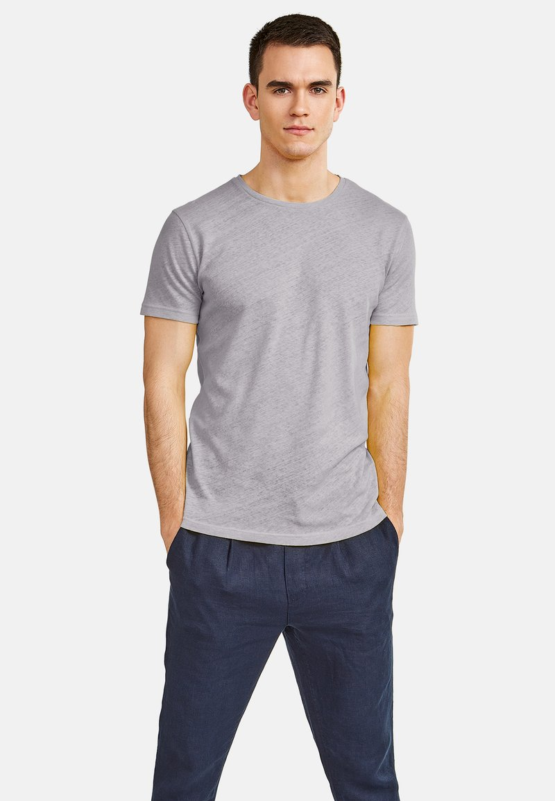 NEW IN TOWN - Basic T-shirt - grey