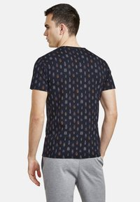 NEW IN TOWN - MIT ALLOVER-INSEKTENPRINT - Print T-shirt - night blue - 2