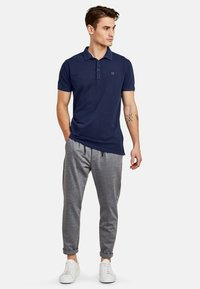 NEW IN TOWN - Polo shirt - night blue - 1