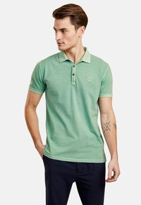 NEW IN TOWN - Polo shirt - green - 0