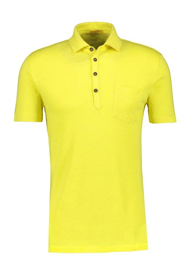 Polo shirt - wild lime