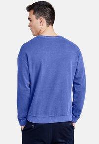 NEW IN TOWN - LONGSLEEVE - Sweatshirt - blue - 2