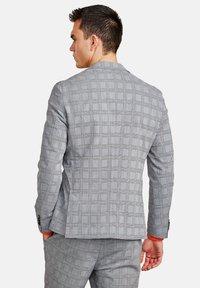 NEW IN TOWN - Blazer jacket - grey - 2